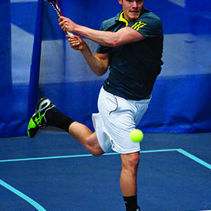Men's tennis sweeps weekend series