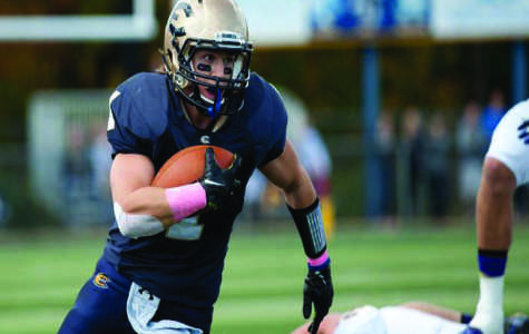 Larsen's speed still not enough for Blugolds