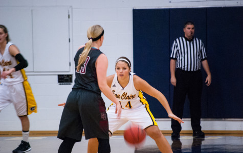 Women's hoops amping up the defense in conference play