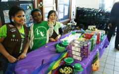 Girl scouts take over UW-Eau Claire with cookies