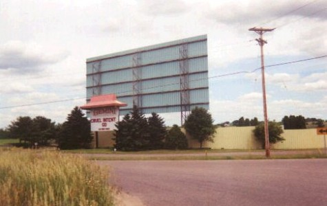 Gemini Drive-In Theater in its last couple weekends of business