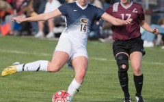 Women's soccer drops first conference game