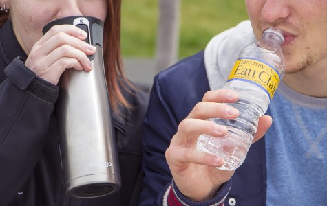 Campus organization pushes students to buy fewer plastic water bottles