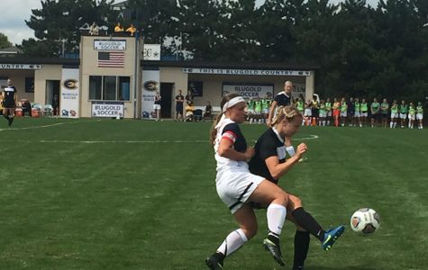 Blugold Women's soccer falls short to St. Olaf
