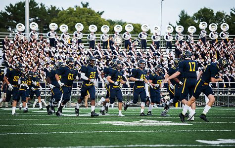 Blugold Marching Band and Blugold football strike the right chord