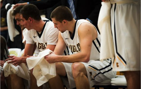 Blugolds suffer their first loss of the season against Wartburg College