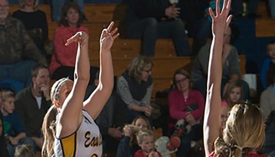 UW-Eau Claire women's basketball defeated by La Crosse Eagles