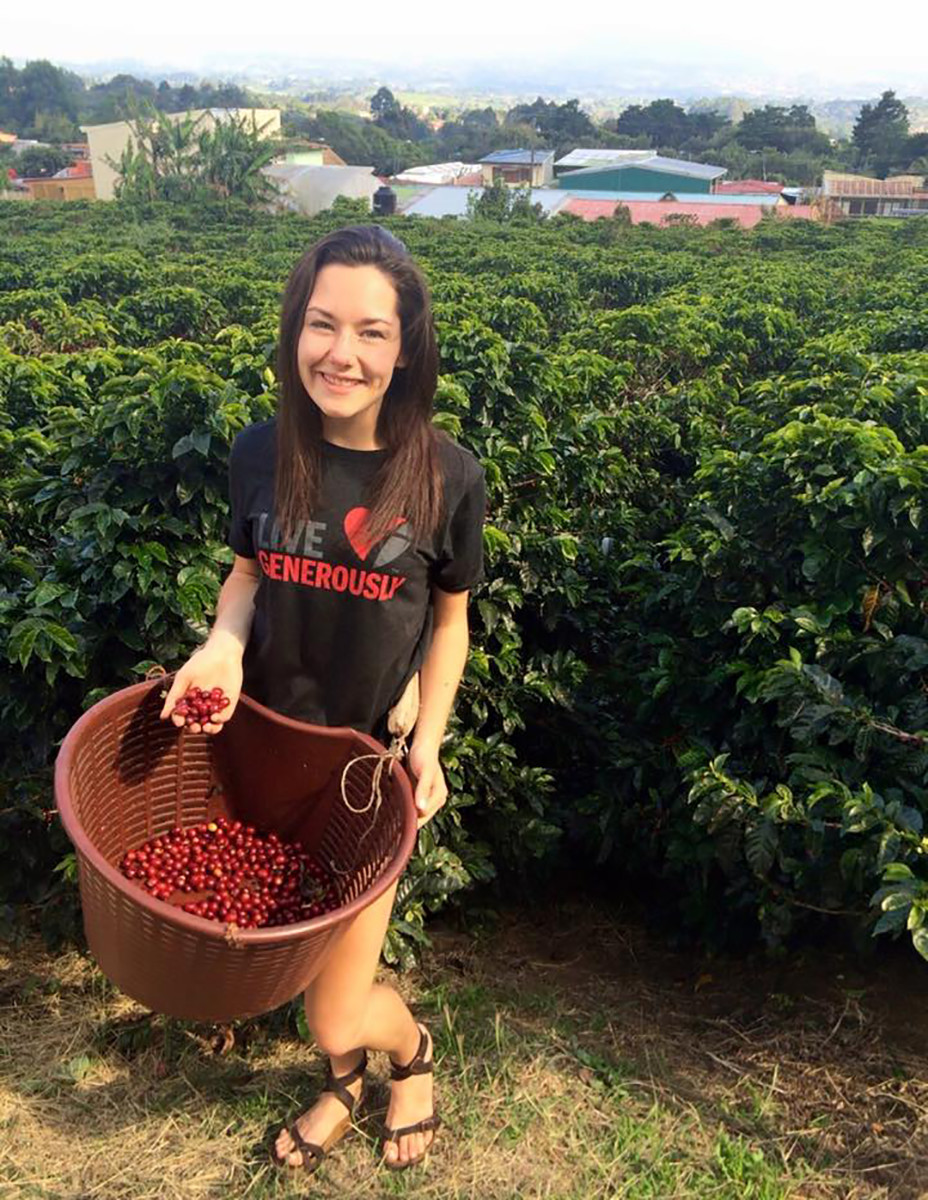 Junior Lauren Graves is passionate about the environment and sustainability on a global scale, which was reinforced during her study abroad experience in Costa Rica.