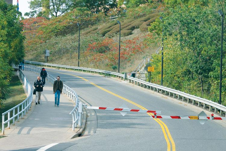Campus hill a source of student injuries