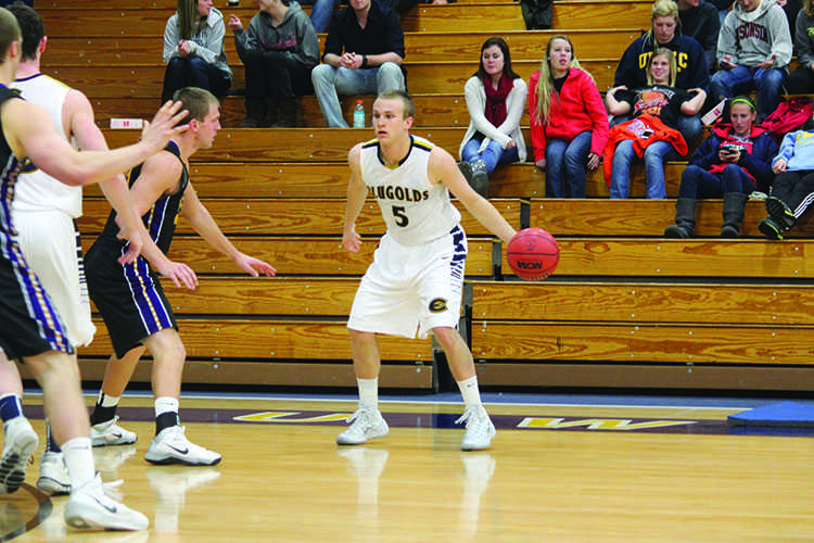Blugold men's basketball faces strong competition early
