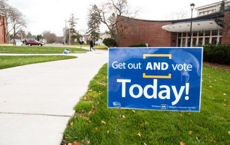 Election Day draws student voters