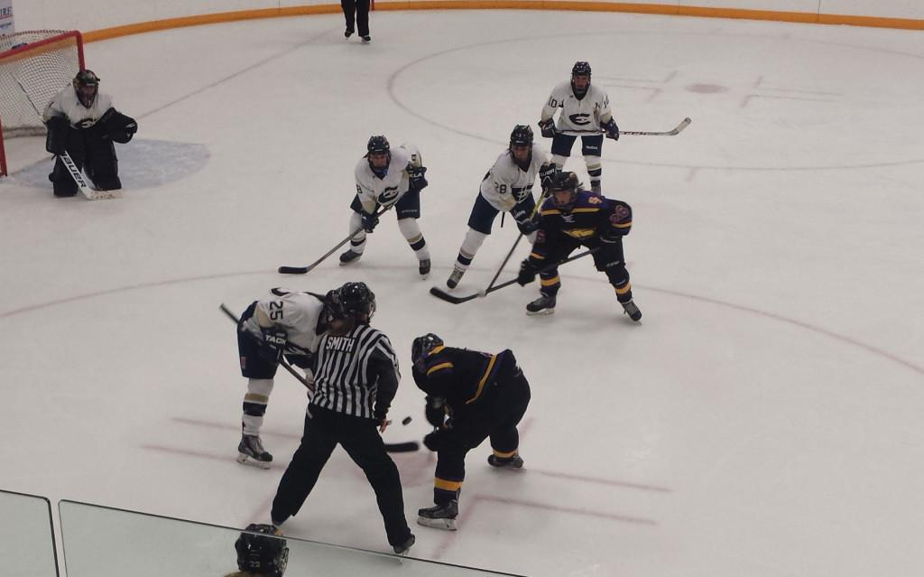 UW-Eau Claire women's hockey team fell short to Stevens Point in a 4-1 loss Saturday night on the road.