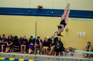 Blugold swim unable to propel past Whitewater