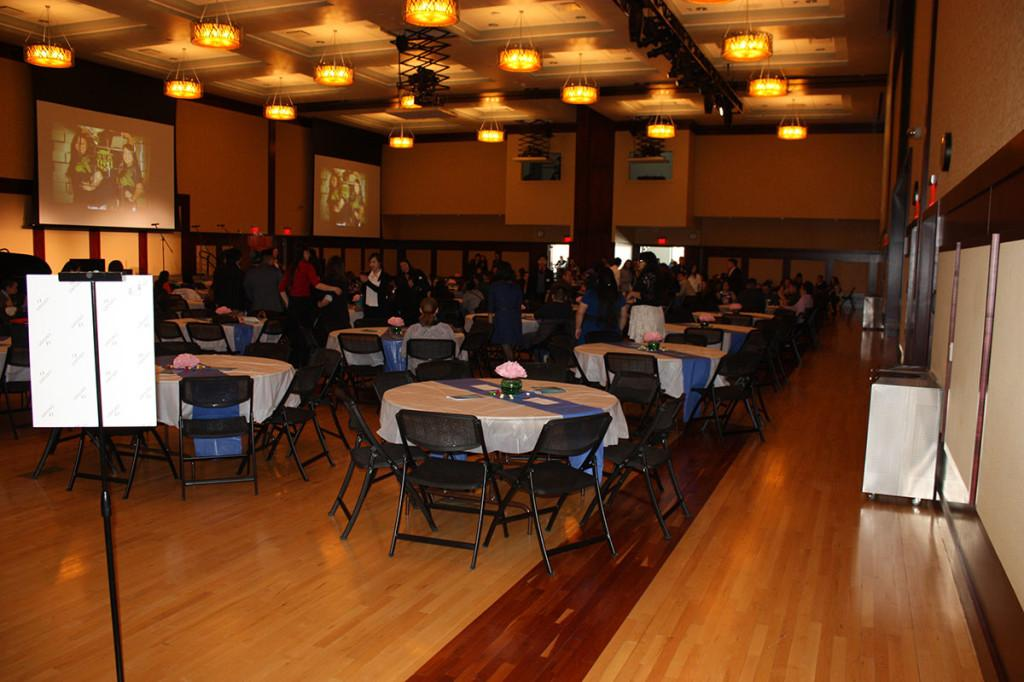 Guests of the 2015 Culture Core filed in to the Ojibwe ballroom at the end of the breakout sessions to enjoy a meal and talent show put on by Hmong Student Association.