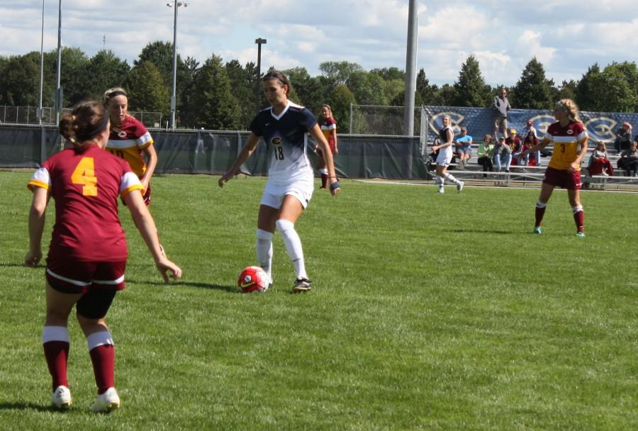 Women's soccer looks to gain late season momentum
