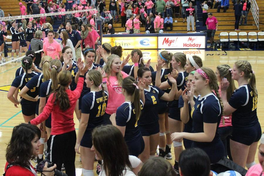 Blugold Volleyball wins last scheduled home game