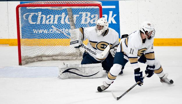Eau Claire hockey suffers first home loss since last season's playoff mini-game