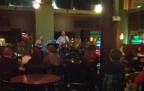 Zerr and Craemer of Secondhand Hearts perform in The Acoustic Cafe Friday, Oct. 30.