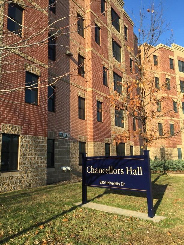 Students of all ages, even upperclassmen, can enjoy the many benefits of living on campus. Chancellors Hall is an upper campus apartment living option available for upperclassmen.