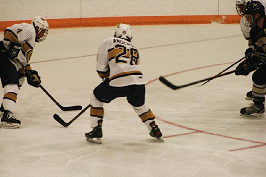 Men's hockey stays unbeaten