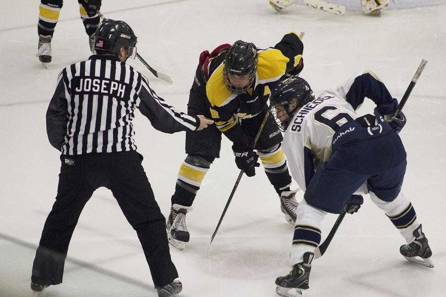Women's hockey wins first game of the season
