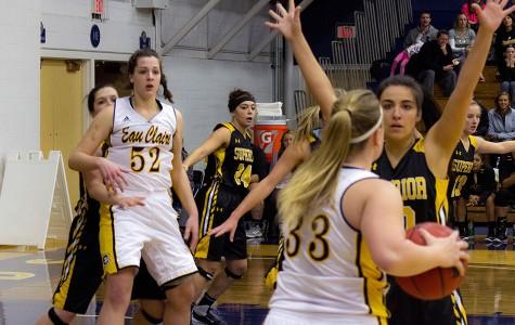 Women's hoops upset bid falls short