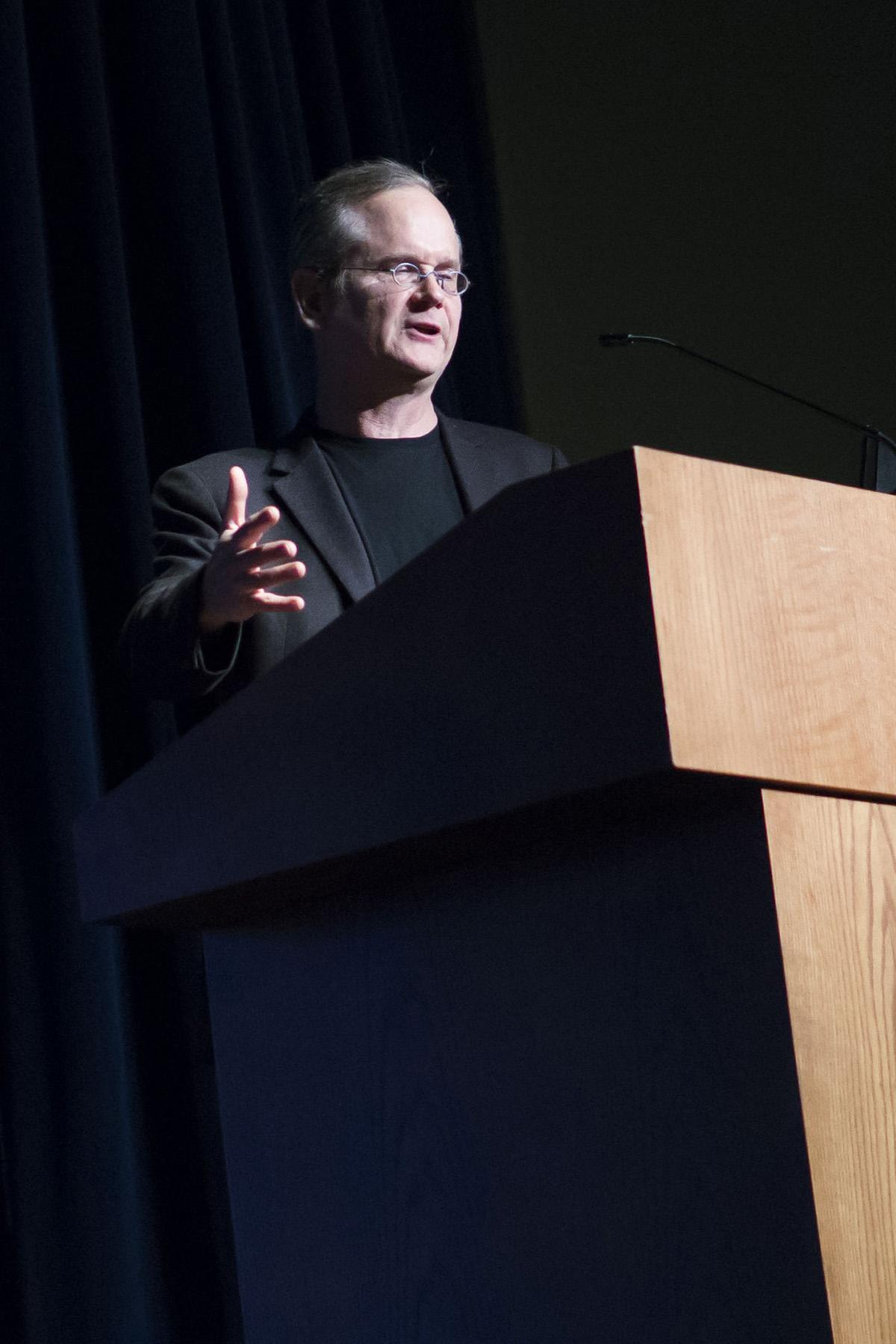 Harvard law professor Lawrence Lessig spoke about the faults of in the U.S. government on Wednesday in Schofield Auditorium.