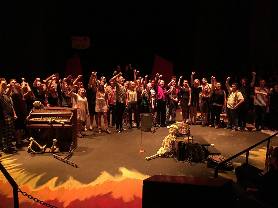 The+cast+and+crew+of+the+24+Hour+Project+come+back+to+the+stage+to+take+a+final+bow.+