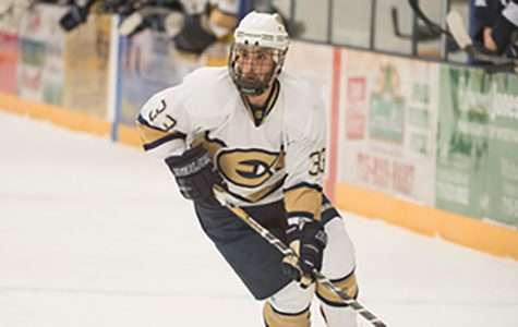 Blugolds come out unscathed over the weekend