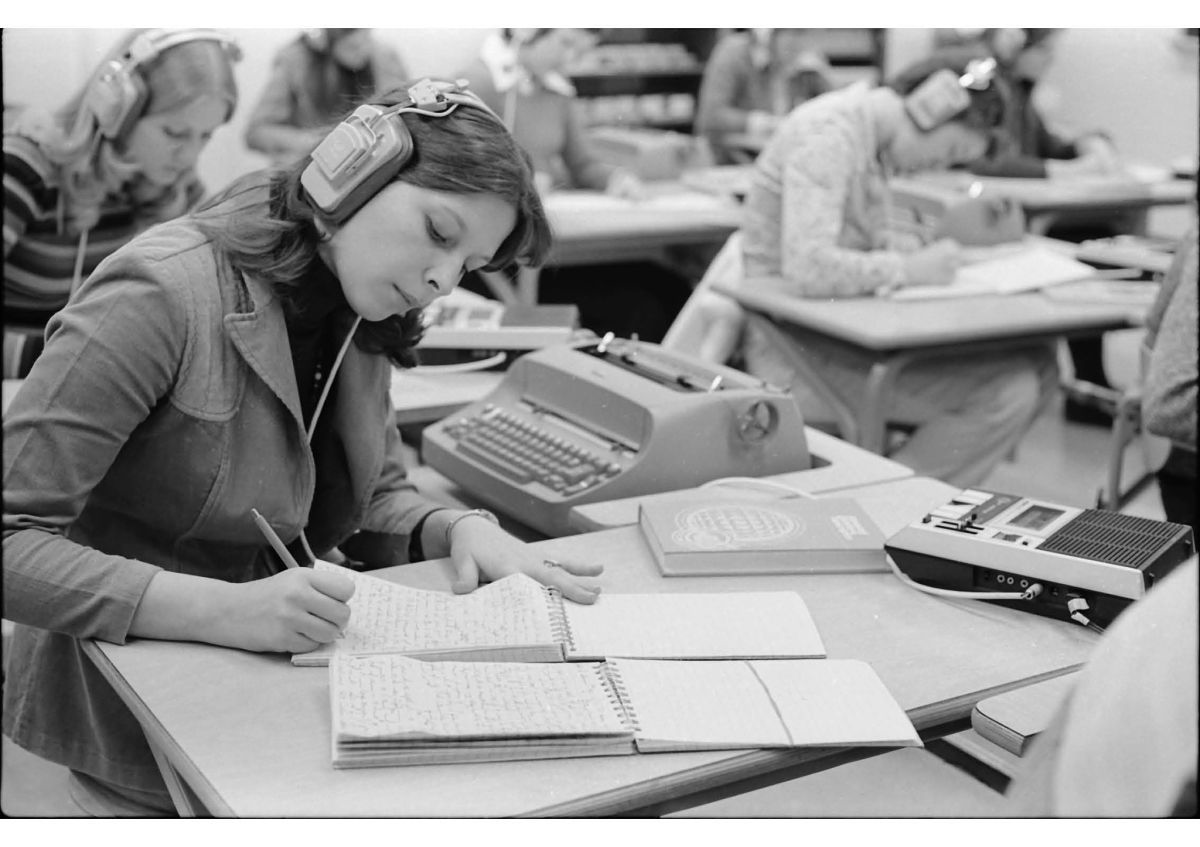 Cutline: Pictured above is an Eau Claire student participating in a shorthand class from the School of Business during January 1976.