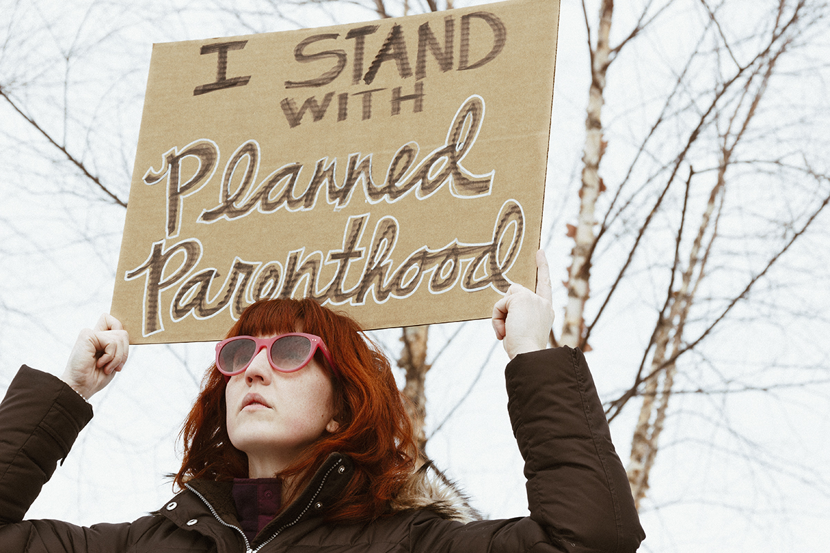 Community members gathered in Phoenix Park Saturday to support Planned Parenthood while hundreds of anti-abortion rallies across the country protested agains the organization.