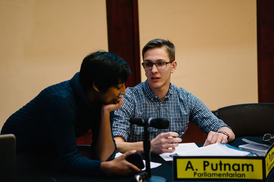 Student+Body+President+Ashley+Sukhu+and+Parliamentarian+Alec+Putnam+engaged+in+conversation%3B+both+were+supporters+of+the+update+to+Student+Senate%E2%80%99s+campaign+policy.