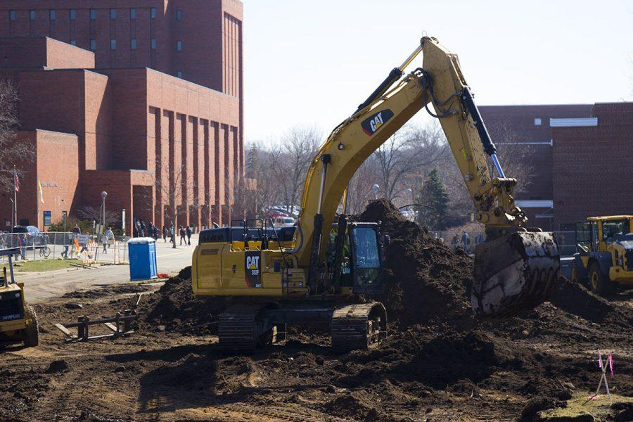 Garfield Avenue project construction began over spring break, causing numerous inconveniences to students, staff and faculty, including a water main rupture, decreased access to lower campus walkways, as well as constant loud noise and unpleasant-smelling dorms.