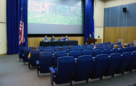UW-Eau Claire Student Senate Presidential Debate emphasizes candidates' differences