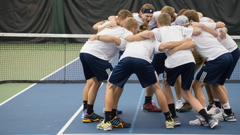 Men's tennis dominates on the road