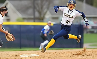 Blugold softball extends win streak to eight games