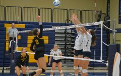 Blugold women's volleyball finished 1:2 in the Nike/Eastbay Fall Classic