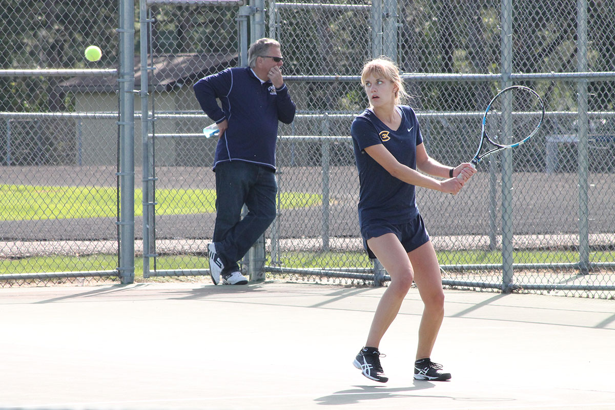 Sarah Henderson, a senior tennis player, helped the Blugold women's tennis  fight hard for a victory this weekend at their home court.