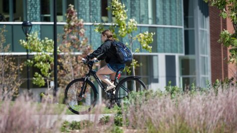 Eau Claire drivers, bicyclists need to create a safer environment for bike-commuters