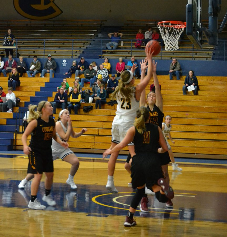 women s basketball continues an undefeated streak the spectator rh spectatornews com