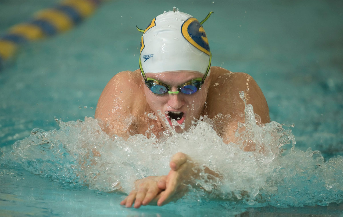 The swimming and diving team competed over the weekend in Rochester with three days of events. This was one of their first meets with preliminaries and finals, giving them more experience with a higher level of competition.