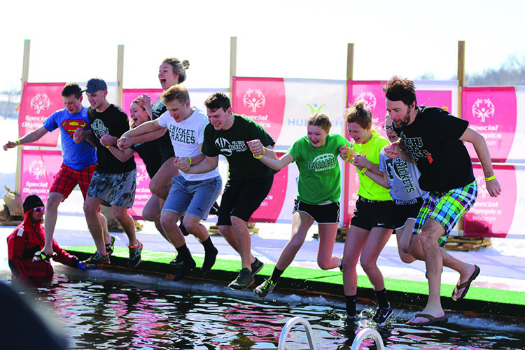 Teams+of+fundraisers+took+the+plunge+into+icy+water+last+Sunday+at+Half+Moon+Beach+after+raising+thousands+of+dollars+to+benefit+Special+Olympics+athletes.