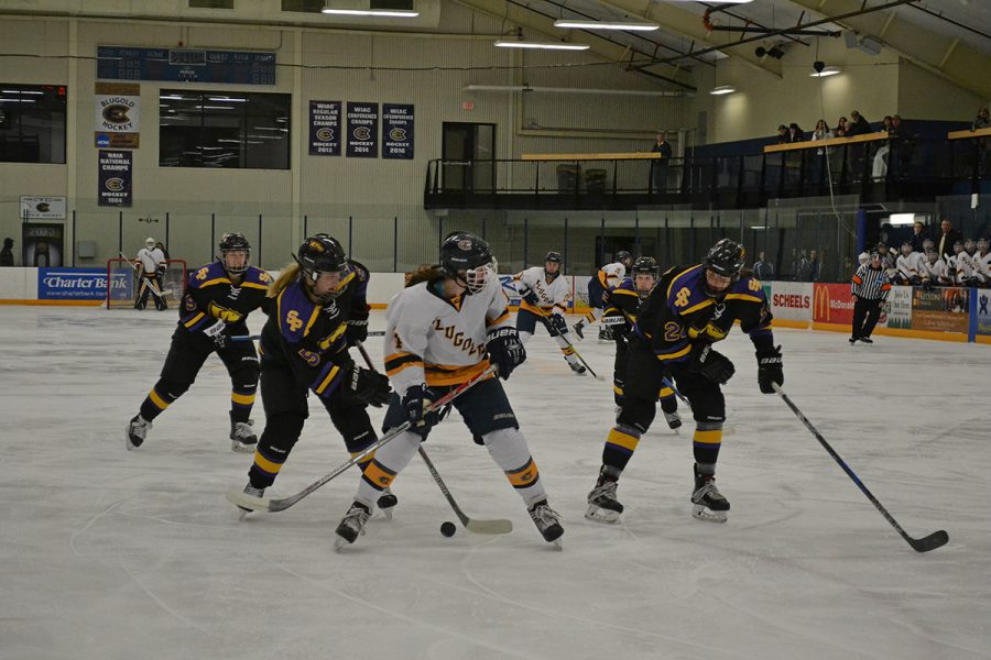 Last Friday and Saturday the women's hockey team beat UW-Stevens Point twice to continue the streak starting the previous weekend.