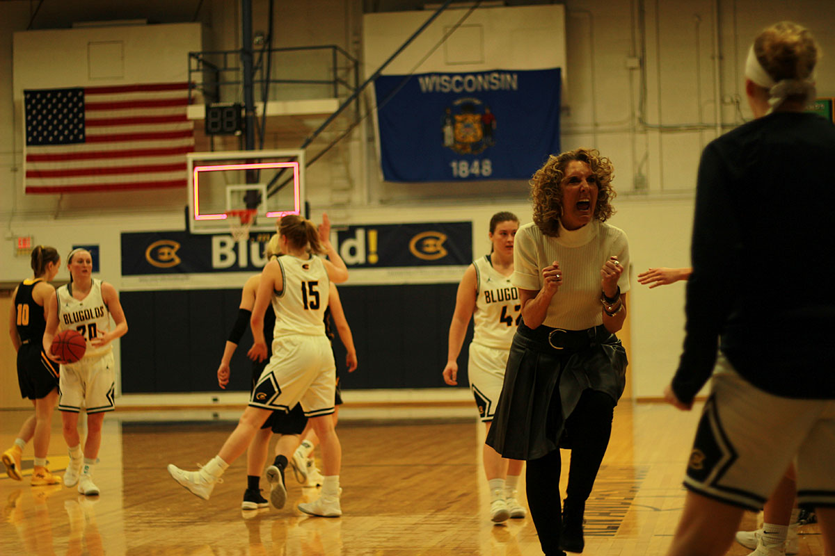 Blugolds suffered a 85-76 loss on Saturday