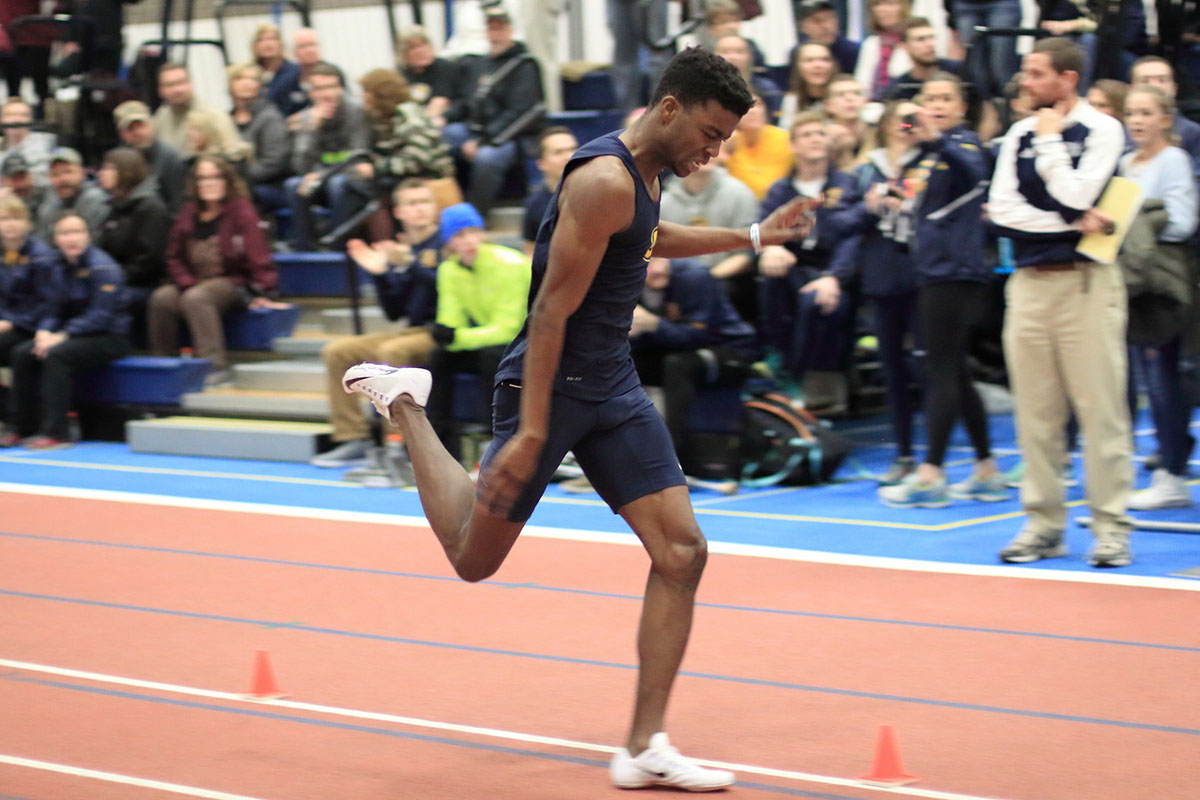 Blugolds Indoor Track and Field team shows out for WIAC Championship and is prepared for the NCAA national meet.