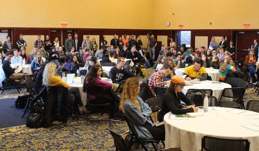 The Chancellor's Roundtable on Thursday opened a discussion between UW-Eau Claire students and city officials. Students were given the opportunity to ask questions about the proposed ordinance changes.