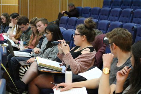 Student Senate tables bill regarding restructuring