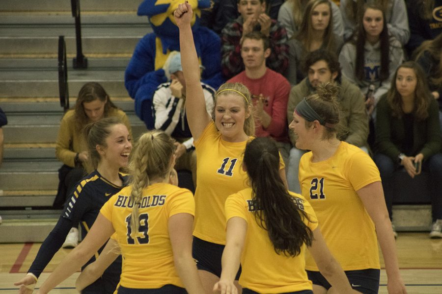 The+Blugolds+came+out+on+top+against+UW-Whitewater+during+the+WIAC+Women%E2%80%99s+Volleyball+Championship+on+Saturday.+