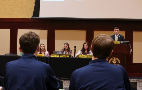 Student Senate hears introductions to five bills