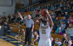 UW-Eau Claire men's basketball team loses at the buzzer